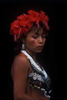 Panama | Embera woman.  Darien. | © Patrick de WILDE