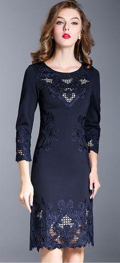 Elegant O-Neck Embroidery Lacework Bodycon Dress