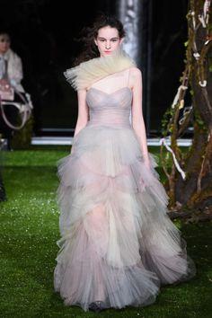 與日本之緣再續全新篇章:Christian Dior於東京發佈2017春夏高訂及全新Jardin Japonais膠囊系列 - The Femin