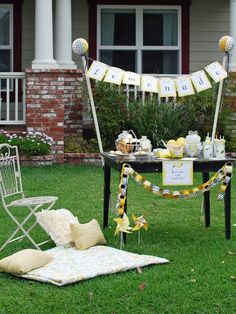 Lemonade Stand. So pretty! >> http://www.hgtv.com/outdoor-rooms/10-sizzling-themes-for-an-outdoor-summer-party/pictures/page-4.html?soc=pinterest