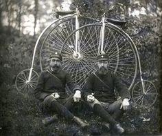 Vintage Big Wheel Bicycle Club Members Wheelmen Two Penny Farthing Bikes Antique Photos, Vintage Pictures, Vintage Photographs, Old Pictures, Old Photos, Velo Vintage, Vintage Cycles, Vintage Bikes, Vintage Modern
