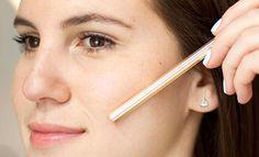 Astuces maquillage : 17 conseils qui vont vous changer la vie - Cosmopolitan.fr