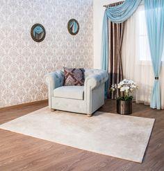 Hurá, konečne sa nám s priateľkou podarilo dokončiť prerábku obývačky.. Myslím, že tento koberec je úplne, že čerešnička na torte :)