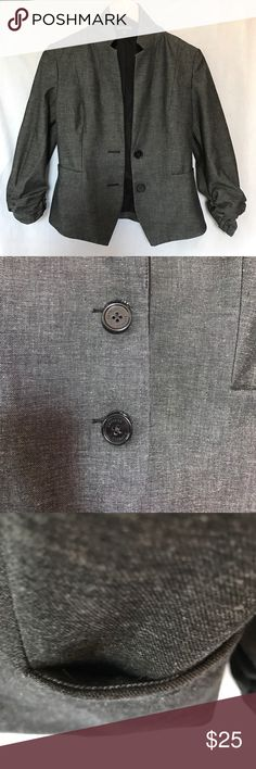 NWOT Gray Express Blazer This has beautiful, modern lines and gorgeous, cinched 3/4 length sleeves. One pocket is false and the other true - I opened it only enough to confirm but otherwise it's still stitched up like new. This is fully lined in black with black labels. Perfect for work, but chic enough for a night out with the right accessories. Bonus 🎁 with any single-item purchase over $20 or bundle over $25. 💋👠 Express Jackets & Coats Blazers
