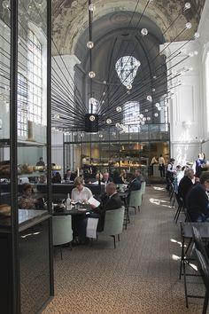 The Jane Antwerp: Spectacular Restaurant Mixing Coziness and Refinement | http://www.designrulz.com/design/2014/04/jane-antwerp-spectacular-restaurant-mixing-coziness-refinement/