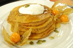 These festive pumpkin pie pancakes will brighten any Sunday morning and throw you in the autumn spirit!