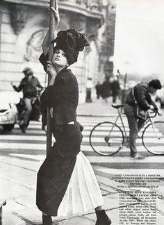 Kristen McMenamy | Comme des Garçons, 1985 ph. Pamela Hanson