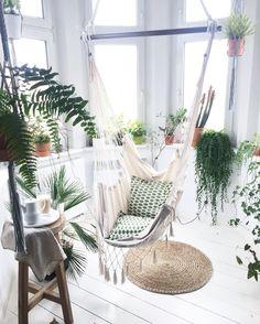 hello ☺️ Have a nice day, green day #maj #may #spring #interior #interiordesign #wnetrza #wystroj #hamak #hammock #plants #plantslover #liveauthentic #love #life #vsco #vscointerior #scandi #scandinavian #design #coffee #naturelover #greenhouse #urbanjungle