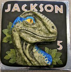 Velociraptor Blue cake Velociraptor Blue (from Jurassic World) dinosaur birthday cake - 2 laye Dinasour Birthday Cake, Blue Birthday Cakes, Park Birthday, Dinosaur Birthday Party, Boy Birthday Parties, Birthday Ideas, Jurassic World Cake, Jurassic Park Party, Dinosaur Cake