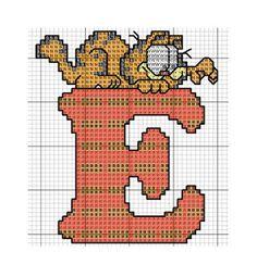 Sandrinha Cross Stitch: Alphabet Garfield