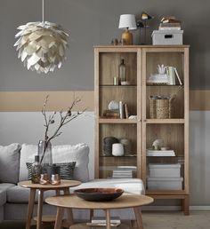 Home Living Room, Decoration, China Cabinet, Wood Furniture, Bookcase, New Homes, Room Decor, Shelves, Interior Design