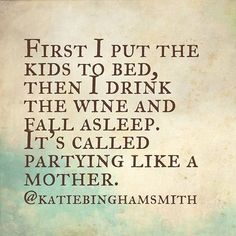 funnies mom humor, motherhood funny и mommy Funny Parenting Memes, Parenting Quotes, Mom Quotes, Funny Quotes, Motivational Quotes, Funny Memes, Motherhood Funny, Mommy Humor, Wine Mom