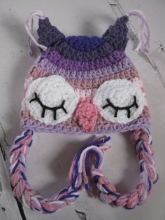size at 0-3 months (14 around) Cute handmade owl hat, perfect for keeping your little ladys head warm, or a FAB photography prop!    *colours