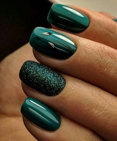 For women, other body parts that are often beautified are nails. Usually, they do nail care and color it with nail polish with various attractive designs. Even for nail art lovers, they can replace… Fancy Nails, Trendy Nails, Love Nails, My Nails, Style Nails, Green Nail Designs, Nail Art Designs, Nails Design, Design Design