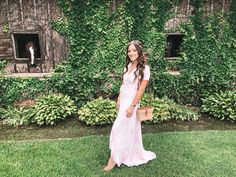 Last weekend I attended The Polo Classic at Arranmore Farm & Polo Club . OH MY GOODNESS, what an amazing afternoon we had! Nordstrom Bags, Polo Match, Polo Classic, Veuve Clicquot, Wearing A Hat, Fairy Princesses, Polo Club, Outfit Posts, Coachella