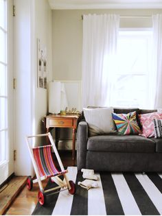 Lauren's Interview: Light & Bright On a Budget Liveblogging the Style Cure | Apartment Therapy