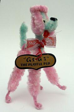 """GiGi"" The Playful Pup Vintage ""GiGi"" The Playful Pup made from chenille stems.Vintage ""GiGi"" The Playful Pup made from chenille stems. Pipe Cleaner Art, Pipe Cleaners, Vintage Crafts, Vintage Dolls, Vintage Diy, Vintage Christmas Ornaments, Christmas Crafts, Poodles, Easter Crafts"