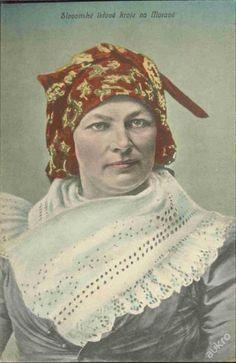 Kroj z Brněnska - Střelice Czech Republic, Folklore, Mona Lisa, Costumes, Artwork, Painting, Work Of Art, Dress Up Clothes, Auguste Rodin Artwork