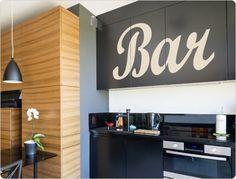 Wandtattoo Bar Bar, Flat Screen, Kitchen Cabinets, Home Decor, Dining Rooms, Decorating Ideas, Blood Plasma, Decoration Home, Room Decor