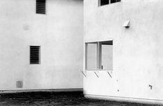 lewis baltz - new topographics History Of Photography, Fine Art Photography, Street Photography, Lewis Baltz, New Topographics, San Francisco Museums, Urban Setting, Through The Looking Glass, Museum Of Modern Art