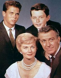 """The very first episode of classic television show """"Leave it to Beaver"""" almost never made it on air, according to the show's star Jerry Mathers. Best Memories, Childhood Memories, Tony Dow, Tv Moms, Leave It To Beaver, Old Shows, Vintage Tv, Vintage Movies, Great Tv Shows"""