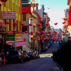 China Town, San Francisco. California Love, California Travel, Best Memories, Billionaire, Places Ive Been, Times Square, San Francisco, Places To Visit, Bucket