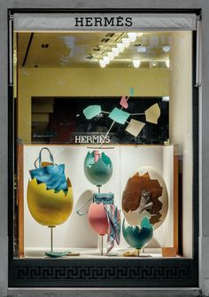 Kikiworld.nl - Projects | Hermès windows August 2014 | Left window