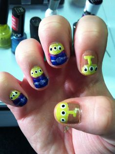my toy story alien nails i did (: