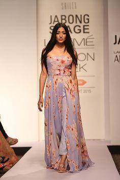 Indian Bridal Lehenga, Indian Sarees, Lehenga Suit, Sikh Wedding, Resort 2015, Indian Celebrities, Indian Ethnic Wear, Bridal Style, Indian Fashion