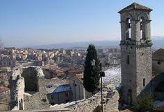 Una passeggiata tra 12 chiese per scoprire gli angoli più nascosti e suggestivi del borgo antico di Campobasso: domenica 9 dicembre 2012.