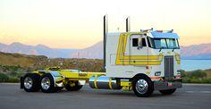 custom cabover Big Rig Trucks, Show Trucks, Lifted Trucks, Old Trucks, Peterbilt 379, Peterbilt Trucks, Chevy Trucks, Custom Big Rigs, Custom Trucks