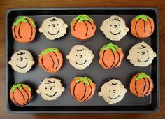 Charlie Brown cupcakes!!