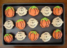 Charlie Brown cupcakes!!