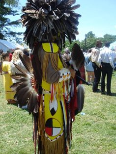 Side view of beadwork made by a descendant of Sarah Persinger and Sparrowhawk from Rich Patch Virginia. The back bustle and fan are Eagle feathers and many of the feathers in the Mandan headdress are Eagle and hawk feathers. Many of their descendants are active in Native American events across the United States and their number is growing as others in the family begin to explore their roots.