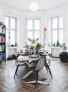 En lejlighed med jul fra hele verden - Bolig Magasinet