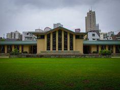 自由学園明日館/フランク・ロイド・ライト。  日本に残る4つのライト作品のうちの一つ。
