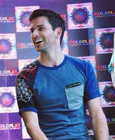 Guy Berryman of Coldplay - Coldplay Funny - Coldplay Funny meme - - Guy Berryman of Coldplay The post Guy Berryman of Coldplay appeared first on Gag Dad. Love Band, Cool Bands, Music Is Life, My Music, Music Stuff, Beautiful World Lyrics, Coldplay Songs, Phil Harvey, Jonny Buckland