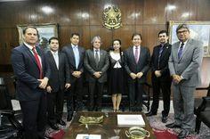 O presidente da Fenapef, Luis Antônio Boudens, e outros representantes de entidades de segurança pública que compõem a União dos Policiais do Brasil (UPB), participaram de  ...
