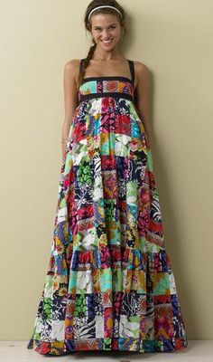 I am not a huge fan of patchwork on clothing. It just reminds me too much of wearing a quilt - no offense to quilts! I am, however, a fan of maxi dresses, Diy Fashion, Ideias Fashion, Fashion Outfits, Bohemian Mode, Boho Chic, The Dress, Dress Skirt, Diy Vetement, J Crew Dress