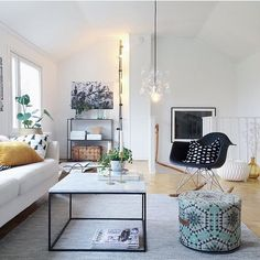 """HOUSE OF RYM - THE STORE på Instagram: """"Looking good! Our ottoman Heavenly honeycomb/green in @bloggaibagis beautiful home. Thank you for this great picture! #houseofrym"""""""