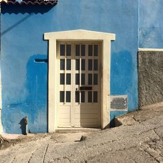 #door#blue#white#living#home