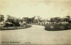 Aloen-aloen in Bandjermasin. 1880-1920