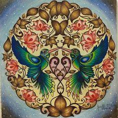 Instagram media artecomoterapia - Ficou uma gracinha!!!!!! @Regrann from @giselli86 -  Para marcar minha volta aos lápis! #jardimsecreto #johannabasford #fabercastell #jardinsecret #artecomoterapia #florestaencantada #secretgarden #enchantedforest #coloringbook #arttherapy #instaart #instacoloring#amofazerarte #colorir #Regrann #ilovecoloring #relaxing #passatempo