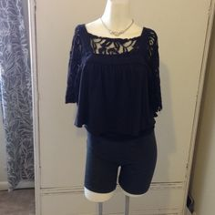 🌹 CLEARANCE Free People Lace Crop 🌹 CLEARANCE Lovely We the Free Crop Free People Tops