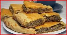 🔹Meat pie on the yogurt with minced🔹 / Chief-Cooker Russian Honey Cake, Romanian Food, Pastry And Bakery, Spanakopita, International Recipes, Diy Food, Yummy Cakes, Icebox Cake, Kefir