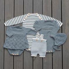 12 oppskrifter til baby i nye KlompeLOMPE-farger. Emma-Kjolebody Str 0 – 36 mnd Garn: KlompeLOMPE Tynn Merinoull 150 (200) 200 (250) 250 (300) 300 (350) g Helene-jakke Str