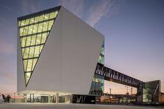 Biblioteca Municipal de Vila Franca de Xira, en Lisboa – ARQA