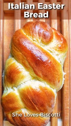 This Italian Easter Sweet Bread aka Pane di Pasqua is a simple, light yeast bread flavored with a hint of orange. Truly an authentic egg bread recipe! Easter Bread Recipe, Easter Recipes, Appetizer Recipes, Holiday Recipes, Recipes Dinner, Bread Bun, Yeast Bread, Bread Baking, Italian Easter Bread