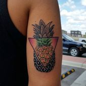 day back to work from a Lil break. this was fun! Calgary Tattoo Artists, I Tattoo, Cool Tattoos, Canadian Tattoo, Pineapple Tattoo, Tattoo Inspiration, Henna, Tatting, Body Art
