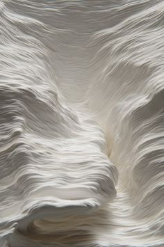 A Piece of Flat Globe - sculpture de papier - Noriko Ambe (Japon) White Texture, Cloud Texture, Snow Texture, Natural Texture, Foto Art, 3d Prints, White Aesthetic, Crystal Aesthetic, Shades Of White